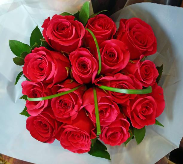 Roses bouquet picture id1050840208?b=1&k=6&m=1050840208&s=612x612&w=0&h=bir9ggzthruxs4ghqaeibthm5c3f6qg9dnotwpgm aq=