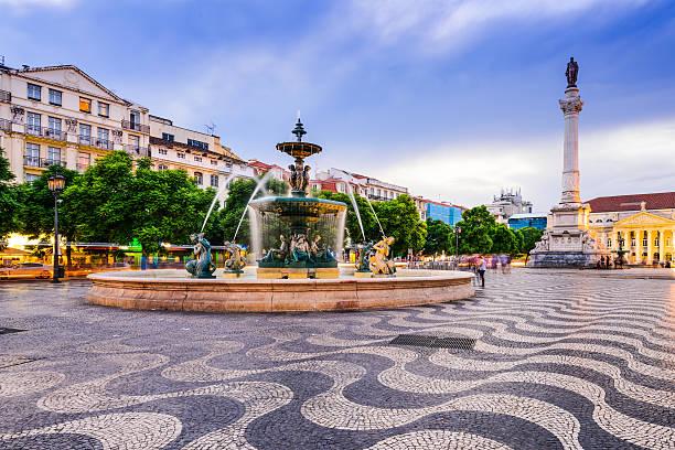 rossio plac z lizbony - lizbona zdjęcia i obrazy z banku zdjęć