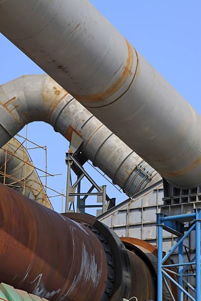 rotary kiln abfall heat recovery-ausstattung in eine zementfabrik - co2 adapter stock-fotos und bilder