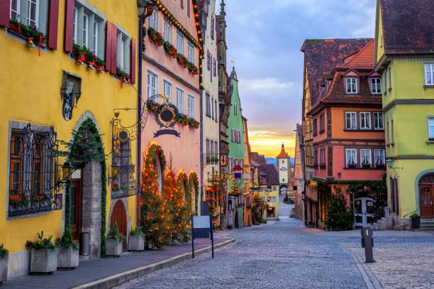 rothenbug ob der tauber historische oude binnenstad, duitsland - rothenburg stockfoto's en -beelden