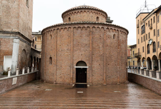 Rotonda di San Lorenzo in Mantua. Italy Rotonda di San Lorenzo in Mantua. Italy romanesque stock pictures, royalty-free photos & images