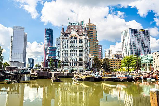 centro città e sul porto di rotterdam - rotterdam foto e immagini stock