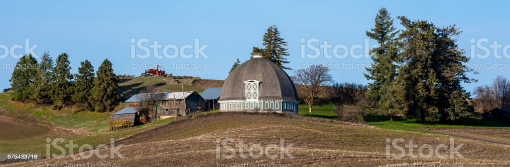 Round Barn that is part of an Eastern Washington farm photo libre de droits