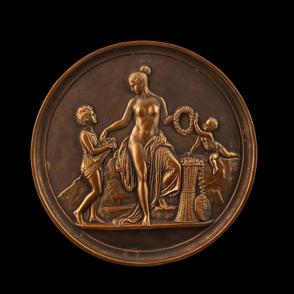868668668 istock photo round bronze painting of a nude woman 868667742