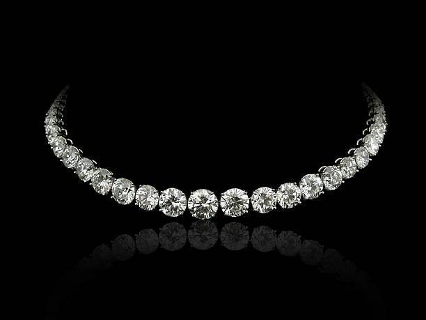 круглые колье с бриллиантами - ожерелье стоковые фото и изображения