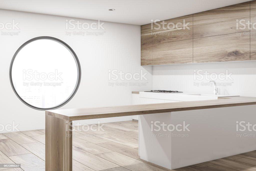 Runde Fenster Küche Interieur Seitenansicht Stockfoto und ...