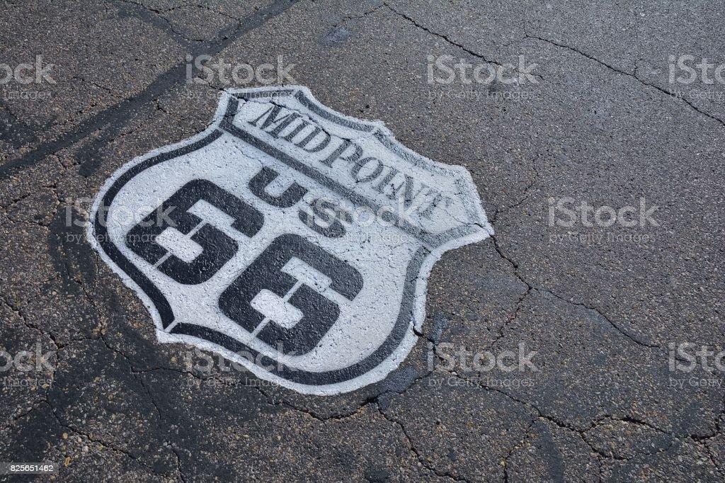 Ponto médio de rota 66. - foto de acervo
