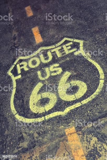 Znak Trasy 66 - zdjęcia stockowe i więcej obrazów Asfalt