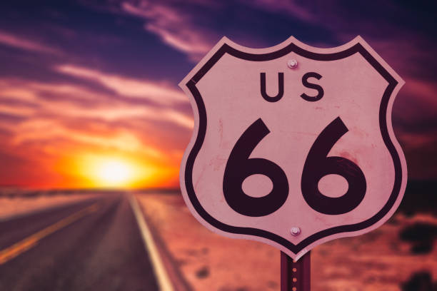 route-66-through-the-united-states-picture-id646868696?k=6&m=646868696&s=612x612&w=0&h=3jbwopyIRSQ_BfEeVtSXDxasii-lboFC8GXPS7OllWo=