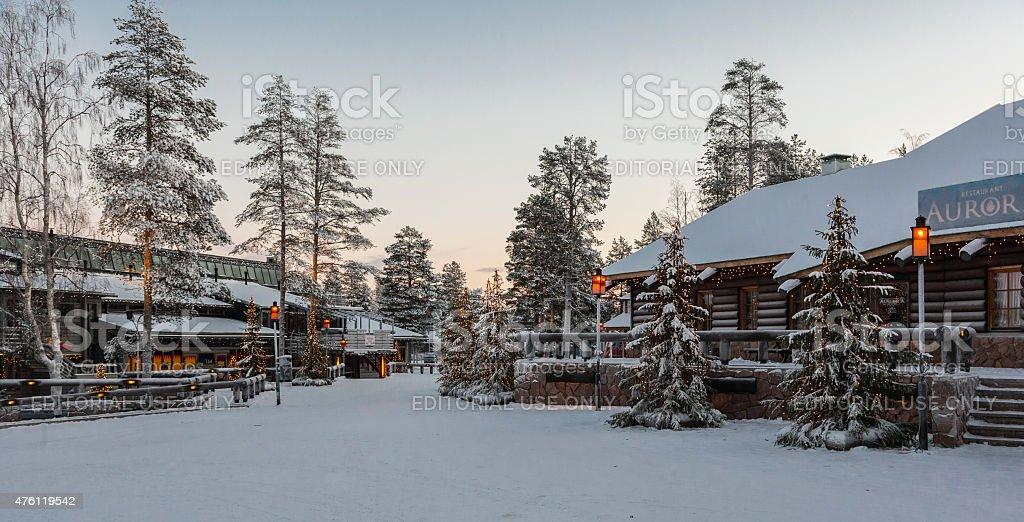 Rovaniemi, la Finlandia.   Villaggio di Babbo Natale al circolo polare artico - foto stock