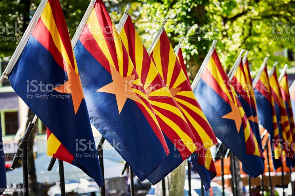 A linha de sinalizadores de estado do Arizona - foto de acervo