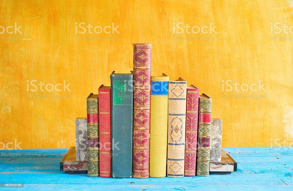 Reihe von Büchern, Grunge Hintergrund Lizenzfreies stock-foto