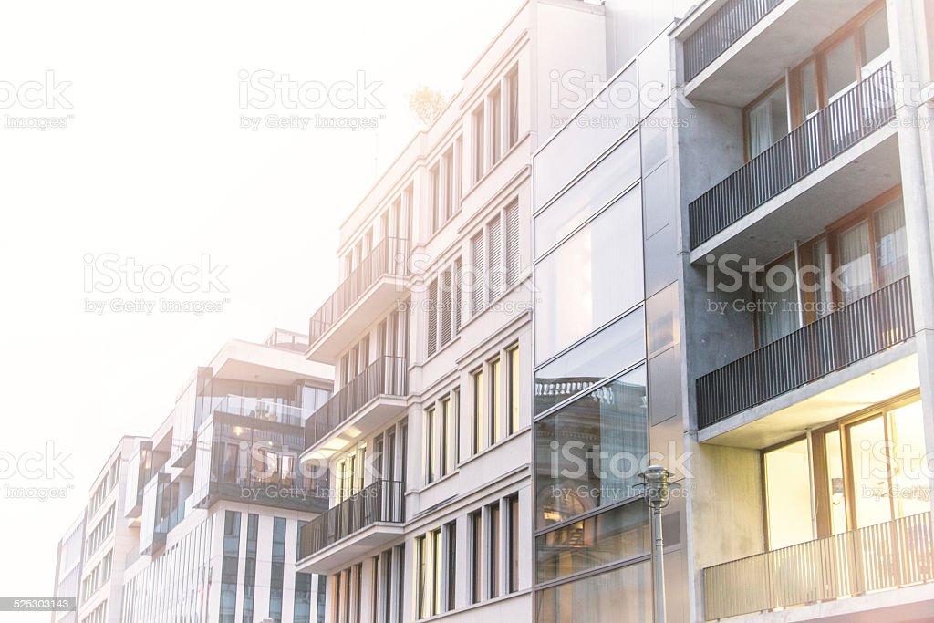 Reihe von Luxus-Stadthäuser gesehen in Berlin – Foto