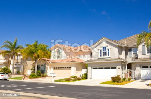 697393252 istock photo Row of real estate property houses in California 471456407