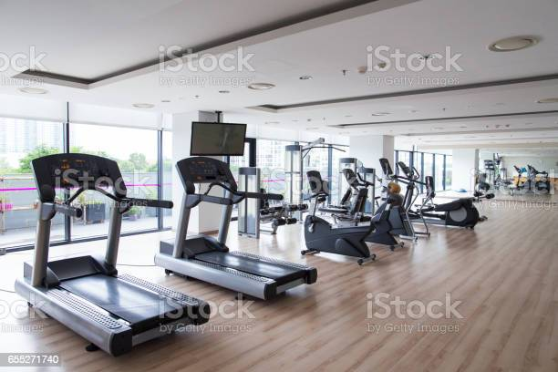 Row of sports equipment in fitness gym picture id655271740?b=1&k=6&m=655271740&s=612x612&h=2gplhkdtk3wxoreyeacfpfekotx88ykofo0lllll6bm=