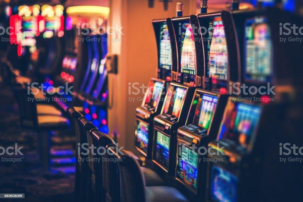 Rows of Casino Slot Machines - foto stock