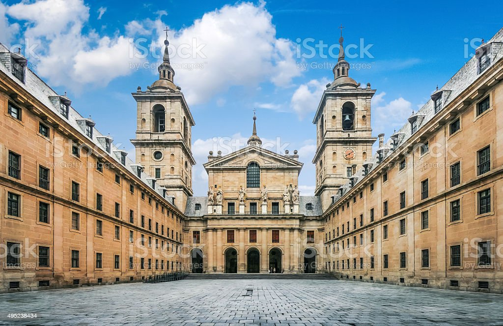El Escorial mit Kloster in Madrid, Spanien – Foto