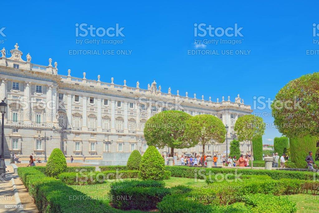 Palacio Real De Madrid Es La Residencia Oficial De La