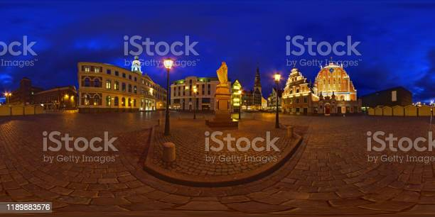 Rtslaukums city centre riga picture id1189883576?b=1&k=6&m=1189883576&s=612x612&h=jhs3z13xlsa cgrnxre7m7tjyvr2f8ezufy0psu4gne=