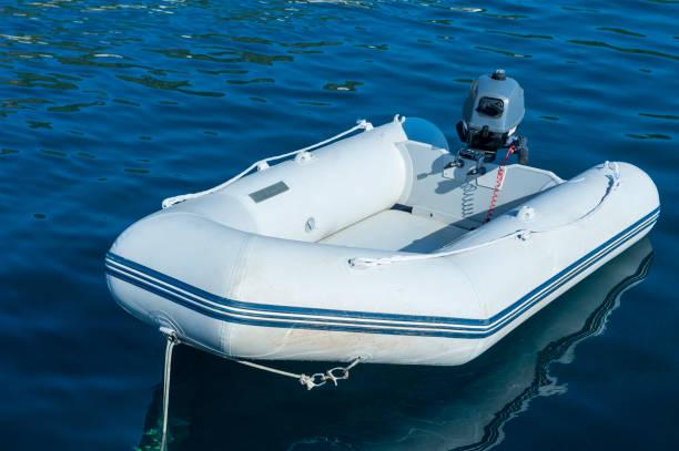 gummibåt - livbåt bildbanksfoton och bilder
