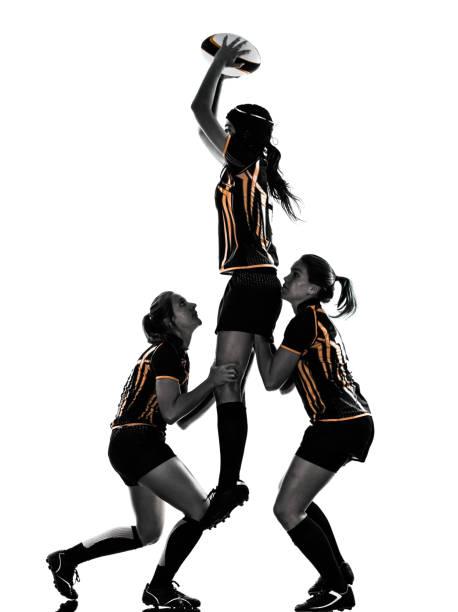 frauen-silhouette-rugby player - französisch übungen stock-fotos und bilder