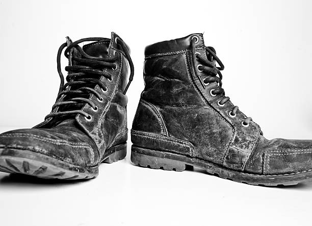 Robustes Leder Stiefel auf weißem Hintergrund – Foto