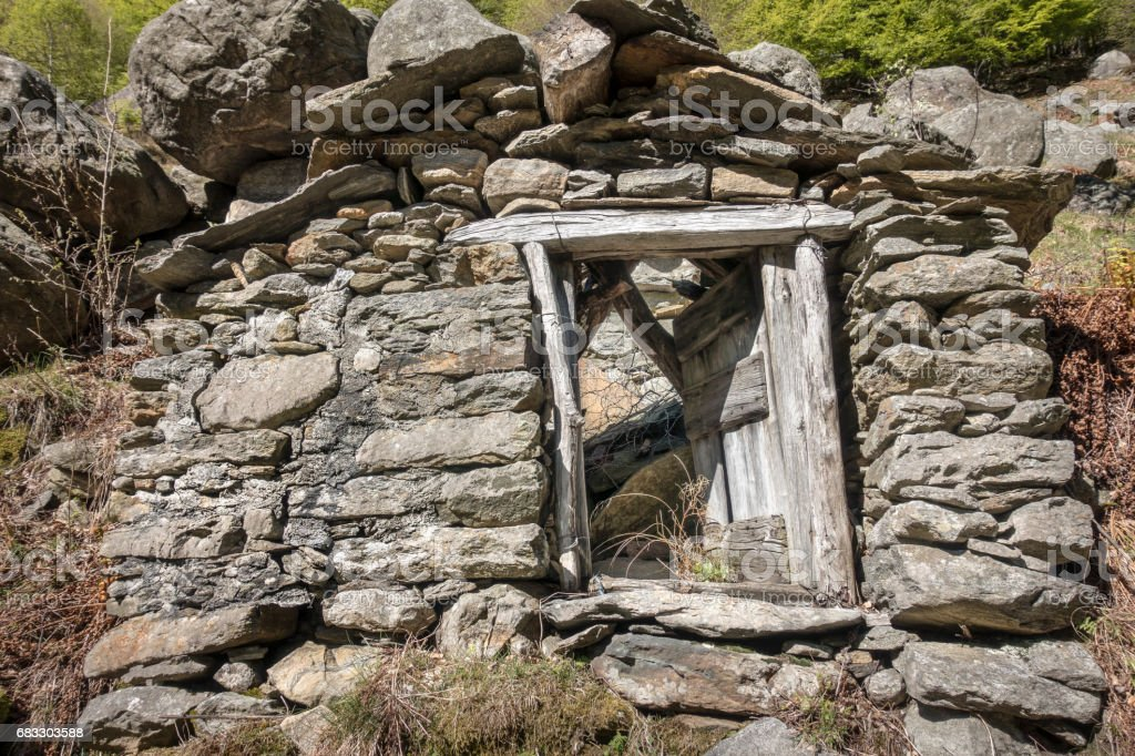 Ruined Abandoned Hut in the Mountains of Italy zbiór zdjęć royalty-free