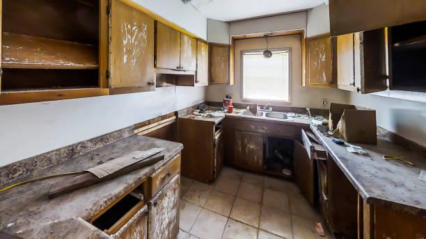 Ruined kitchen picture id1149144897?b=1&k=6&m=1149144897&s=612x612&w=0&h=zjacxrcwbmd2lnn6pl52ihhvrrnrlhslst8qjlernlq=