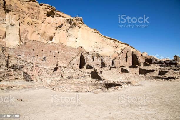 뉴멕시코에 있는 차코 협곡 국립 역사 공원 파괴 푸에블로 0명에 대한 스톡 사진 및 기타 이미지