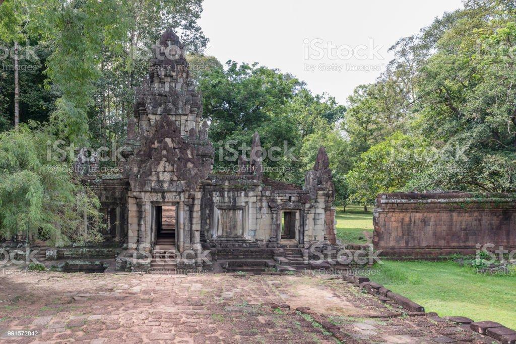 Ruinas Detrás De La Terraza De Los Elefantes En Angkor Siem
