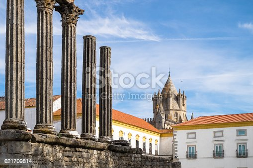 istock Ruins of Evora 621709814