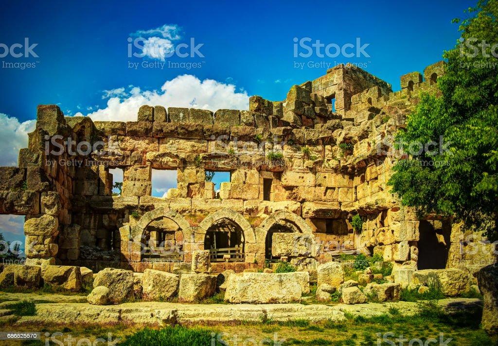 Ruïnes van de tempel van Jupiter en grote Hof van Heliopolis in Baalbek, Bekaa valley, Libanon royalty free stockfoto