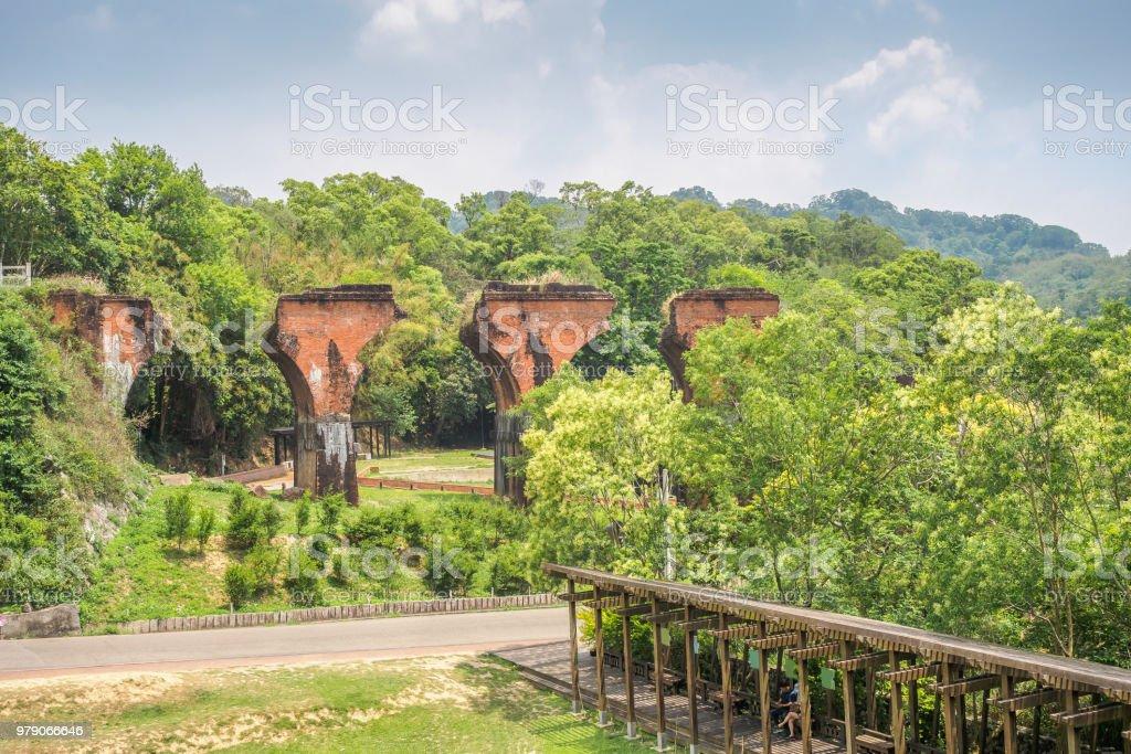 Ruinen von Long Teng Brücke in Miaoli County, Taiwan – Foto
