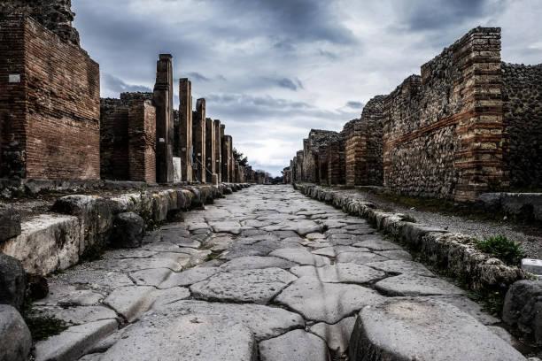 ポンペイ遺跡 - 遺跡 ストックフォトと画像