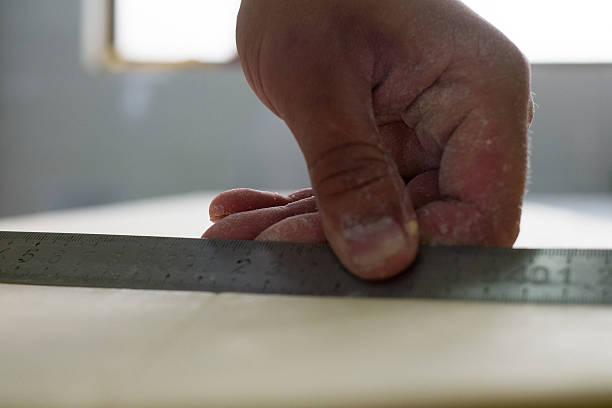 Lineal zum Cut Croissants – Foto