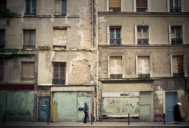 rundown paris - run down stock pictures, royalty-free photos & images