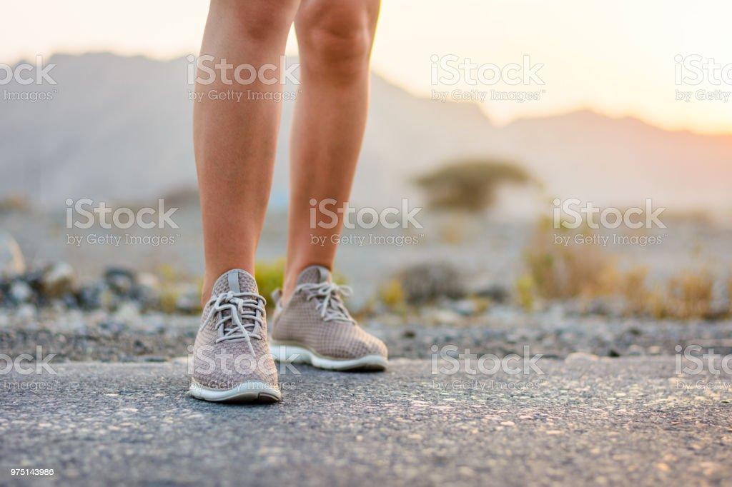 Läufer in der Wüste niedrigen Winkel Ansicht – Foto