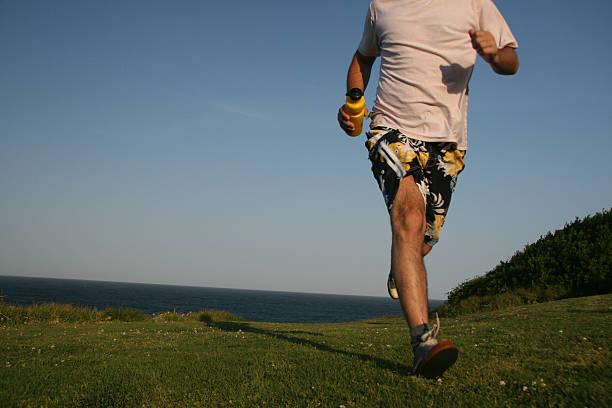 running mann - gewicht schnell verlieren stock-fotos und bilder