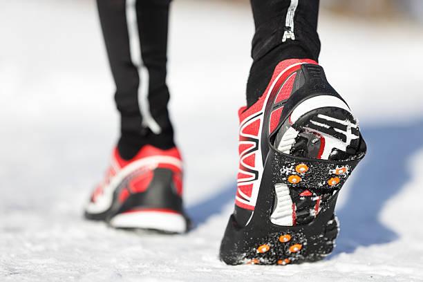 Running shoes in snow picture id177494716?b=1&k=6&m=177494716&s=612x612&w=0&h=ftgtlyo5vc509kdvnhsovtmdnmaey7nktypfjyung1w=