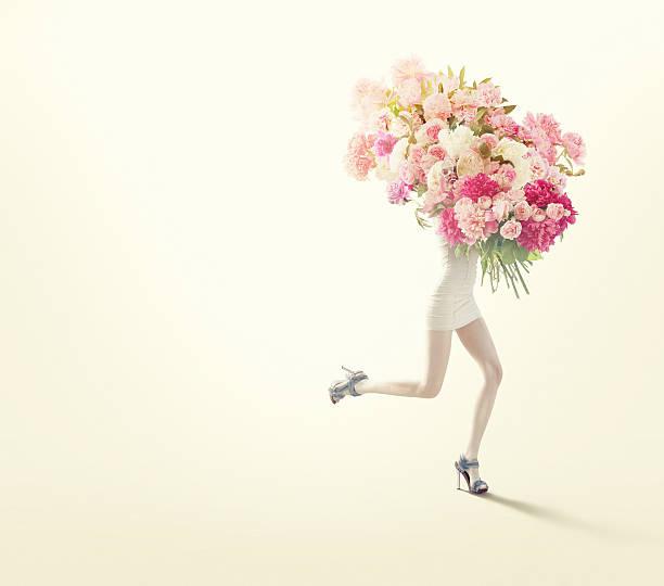running Frauen mit großer Auswahl an Blumen – Foto