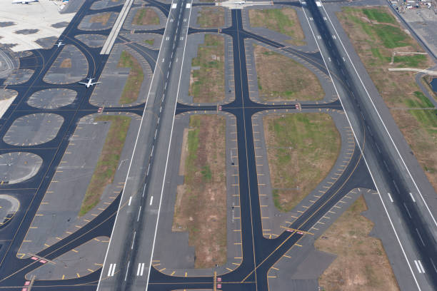 runways aerail view aerial view of  runways of airport airfield stock pictures, royalty-free photos & images