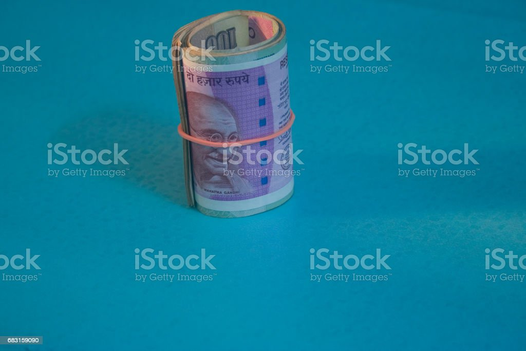 2000 Rupee Iindian 2000 Rs Currency Notes Rolled With Rubber