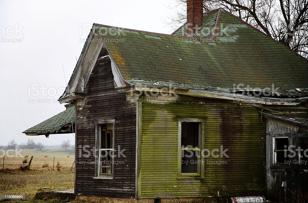 rural homestead scenes - deserted house royalty-free stock photo