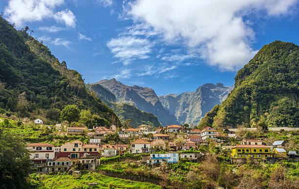 Ländliche Madeira-Parque Natural do Ribeiro Frio  – Foto