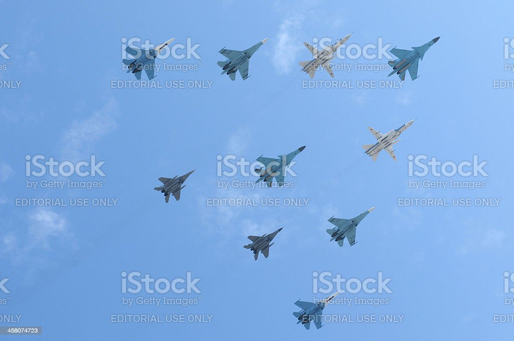 Ruso air force SU - 34, 3 x SU - 24 m, 4 x SU -27, 2 x MiG -29 - foto de stock
