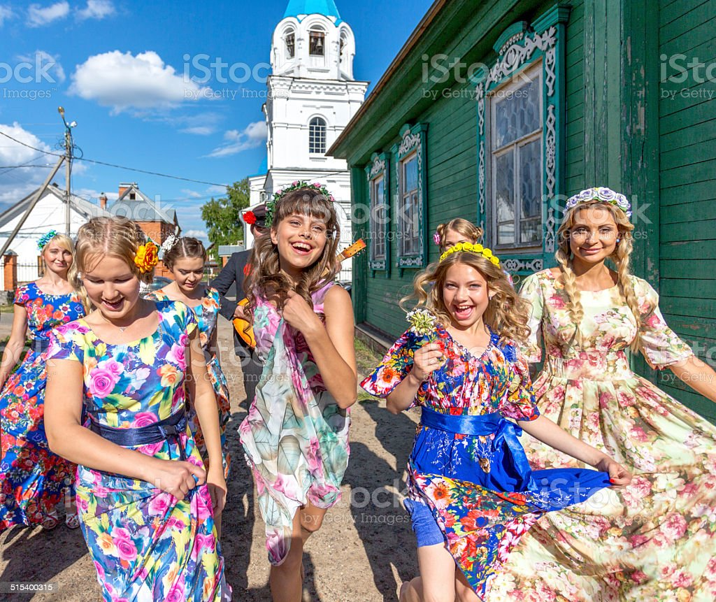 Russian country girls bildbanksfoto