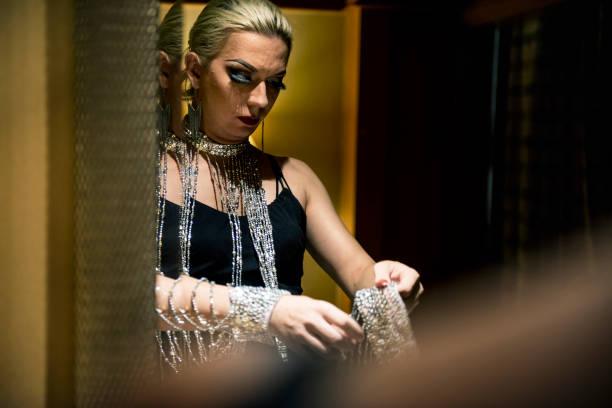 russische drag queen - drag queen stockfoto's en -beelden