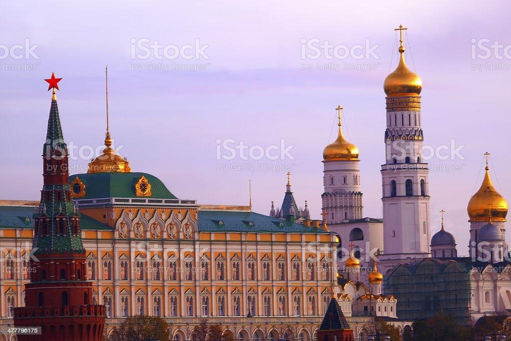 Создание веб сайт московский кремль создание сайта обучение в краснодаре