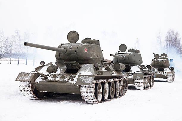 Tanques T34 ruso - foto de stock