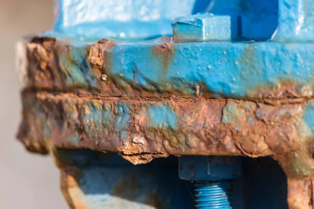 rust damage steel structure - tap water zdjęcia i obrazy z banku zdjęć